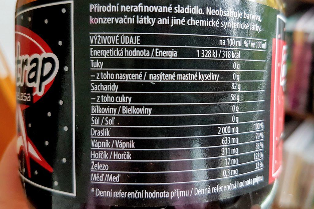 Třtinová melasa je skvělý doplněk železa pro vegany.