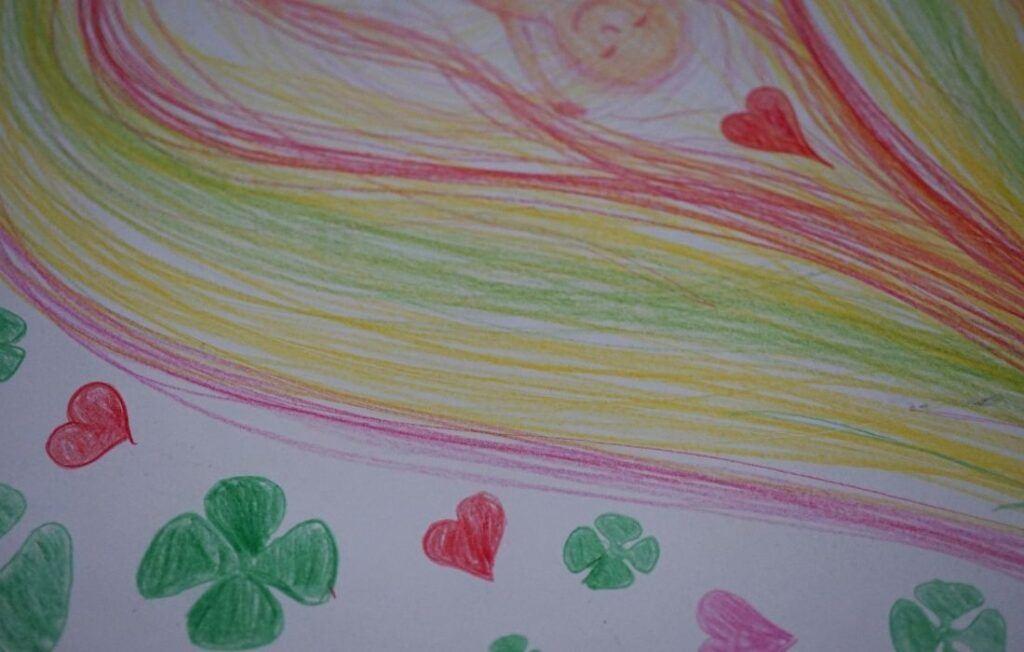 Zamlklé těhotenství a terapeutické řešení intuitivní kresbou a vizualizací