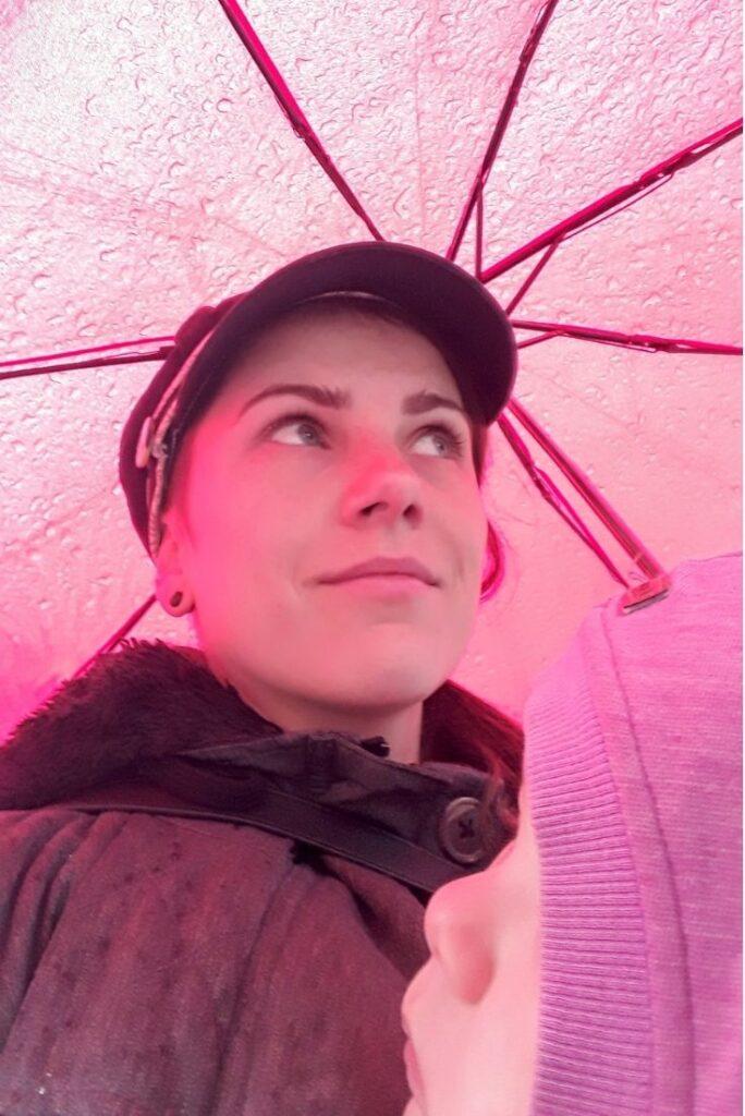V dešti poslouží deštník nebo nosící pláštěnka
